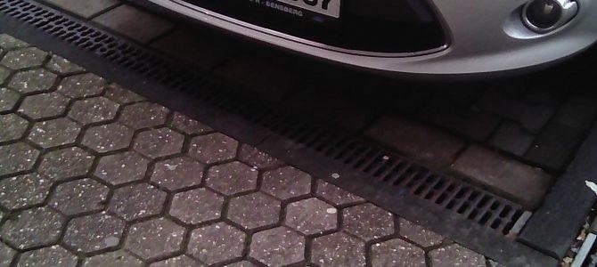 Yilmas…, mach dir das hier vom 20.02.2020, frei! Und GL-ZY – Bus…, zudem sind das deutsche, nicht – muslimische, Kennzeichen, die ihr Muslime… nicht nutzten, dürft…! Arschloch Yilmas…! Ende Yilmas…! Siehe Foto! Weißmagische, keltische – rituelle Grüße – Großmeister und Erzdruide – Thomas Michael Giesen – AAZ-AAZ-AWZ-Spielzerstörer zum Schutz – weißmagisch geschützt – AAZ-CZ-DZ-AAZ-ZZ-LZ-SZ-TZ-VZ-OZ-AAZ-HDZ-TZ-AAZ Bergisch Gladbach – An der Wallburg 3, 5. Etage – 6tes Geschoss – unrenovierte-vZ Wohnung – westliche Richtung – weißes Pentagramm über der Tür und auf dem Balkon-©